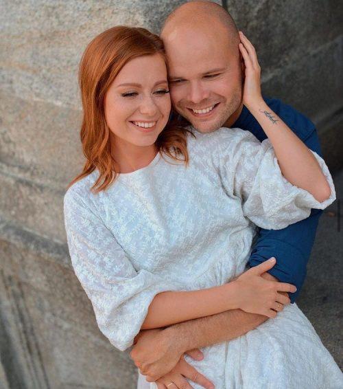 «Самое важное - мужчина рядом»: 34-летняя Юлия Савичева раскрыла секрет молодости