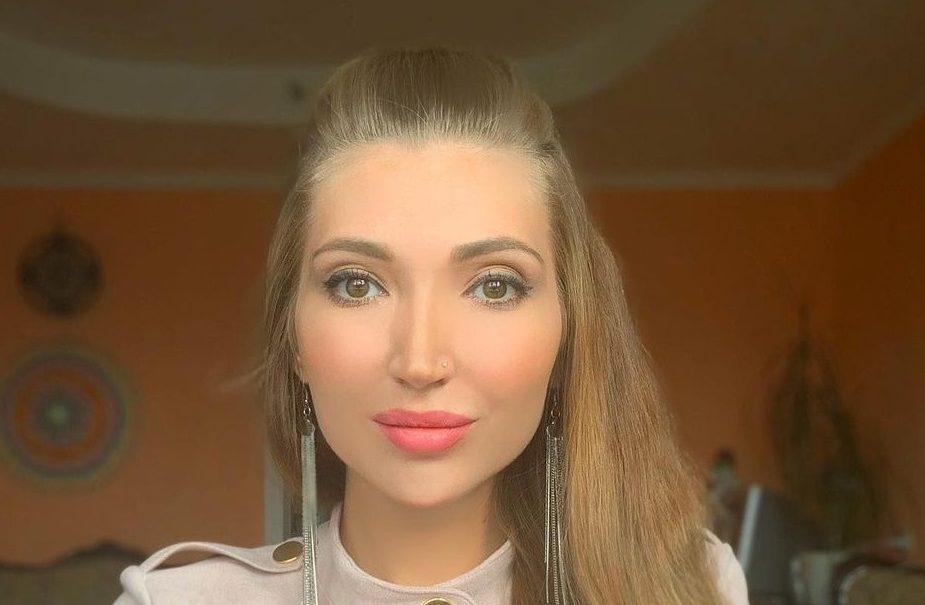 «Можно пить, петь и веселиться»: россиянка рассказала, как получала 300 тысяч за работу собутыльницей
