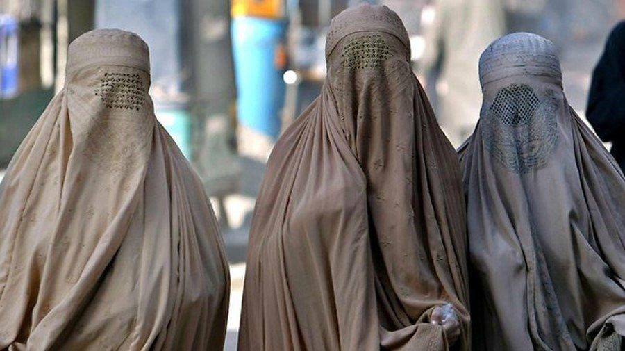 Британские спецназовцы переоделись в женщин, чтобы сбежать из Афганистана