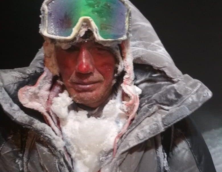 «Мне стали слышаться голоса»: помощник гида рассказал, как пытался спасти погибшую туристку на Эльбрусе