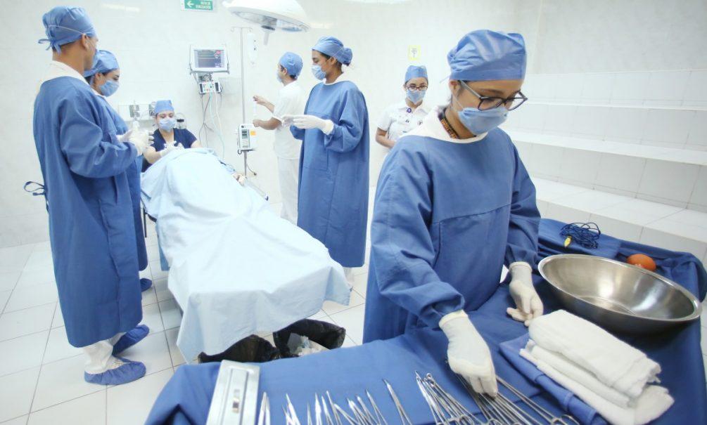 Медцентры во время пандемии начали обманывать пациентов: эксперты назвали основные схемы