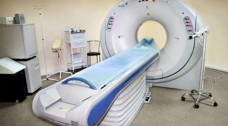 «Второй лишний»: новые правила закупки медтехники могут оставить россиян без высокотехнологичной медпомощи