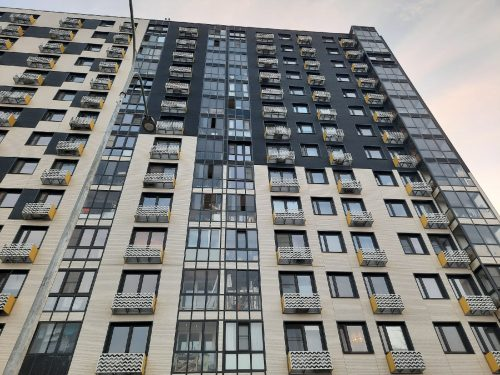 Москва, дом №6 по улице Василия Ощепкова. Именно здесь взбесился лифт