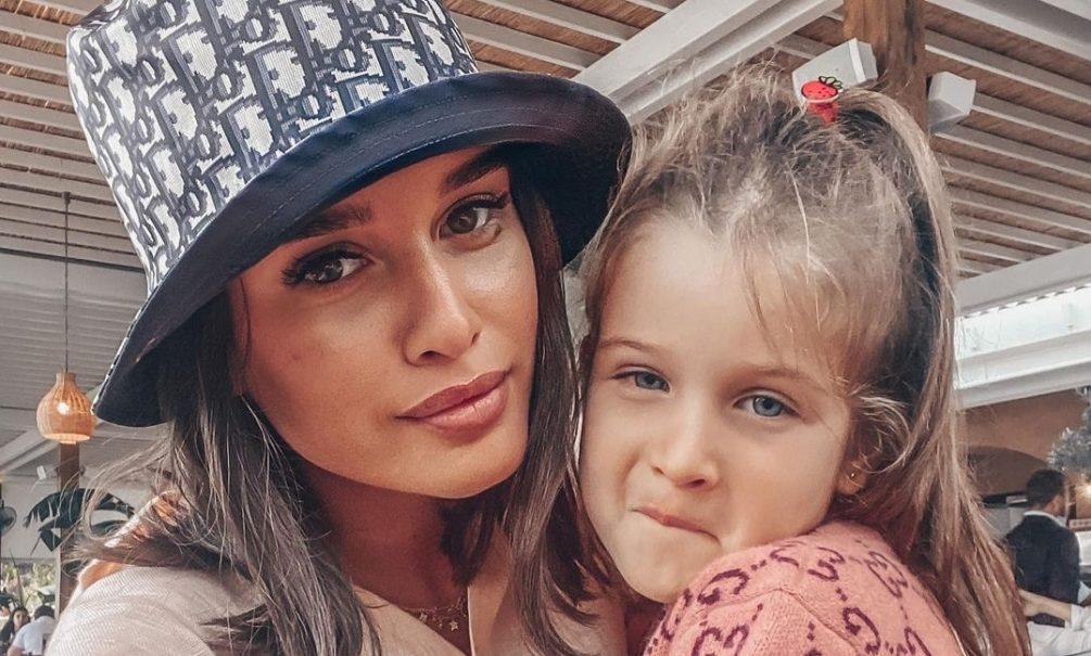 «Общих пересечений у нас с ним нет»: Бородина не позовет Омарова на день рождения дочери