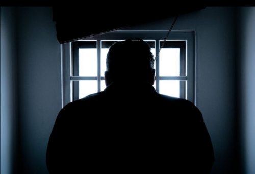 «Били поногам ипопечени»: напытки всаратовской тюрьме пожаловался заключенный