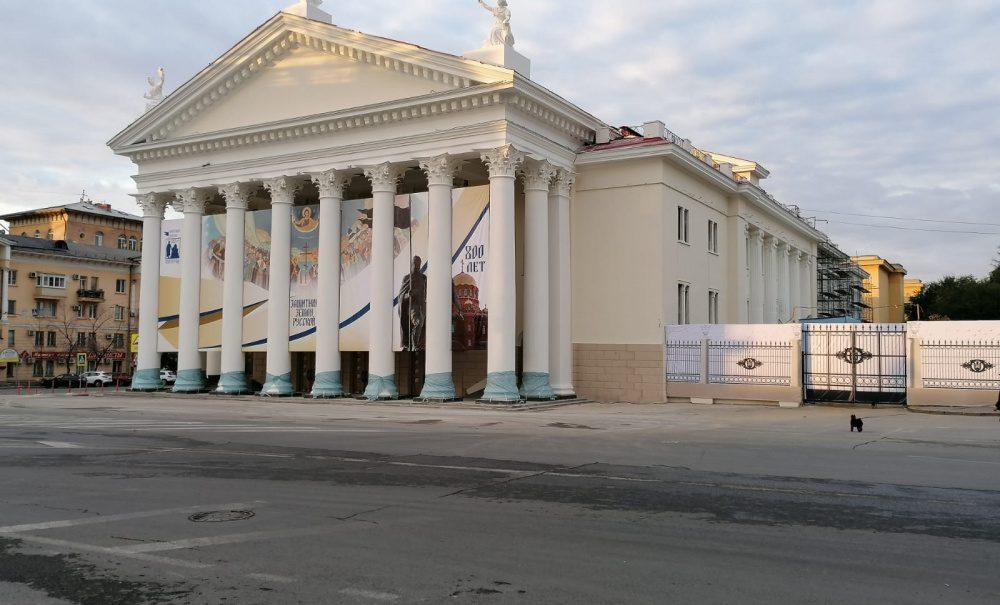 Волгоградские чиновники унизили педагогов по случаю Дня учителя