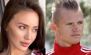 «Страшно быть одиноким с человеком рядом»: Костенко намекнула на расставание с Дмитрием Тарасовым