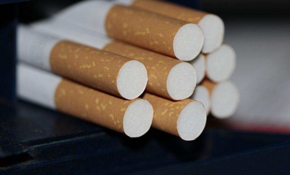 Курильщиков могут разорить: пачка сигарет взлетит в цене до 150 рублей