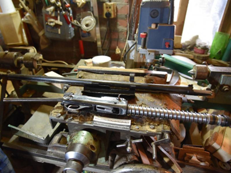 Пенсионер из Сальска хранил дома арсенал оружия и боеприпасов
