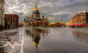 Вслед за Москвой власти Санкт-Петербурга объявили локдаун