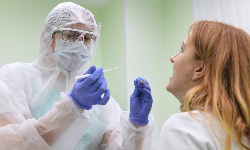 Крайне опасное заблуждение: эксперт опроверг распространенный миф о потере обоняния при коронавирусе